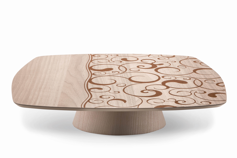 Alzatina in legno modello Acqua 33x33 h 10
